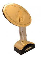 High Grade Gold Statue Quality And Credit Of The US New York 2011
